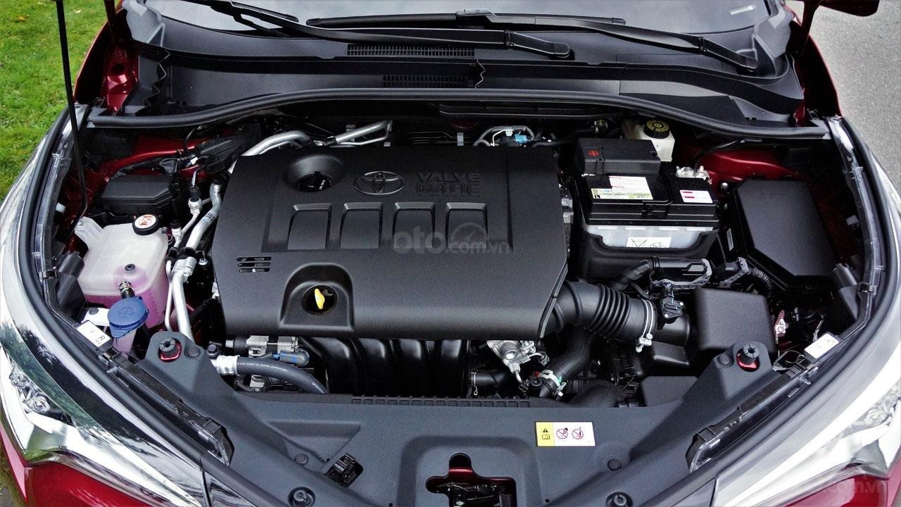 Ưu nhược điểm xe Toyota C-HR 2019: Sức mạnh vẫn cần cải tiến