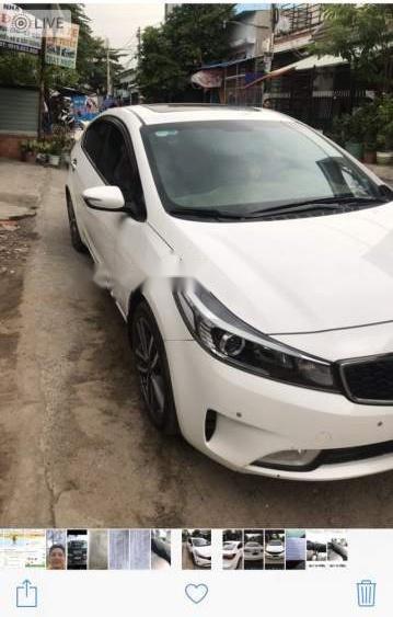 Cần bán Kia Cerato 1.6 AT sản xuất năm 2017, màu trắng giá cạnh tranh (1)