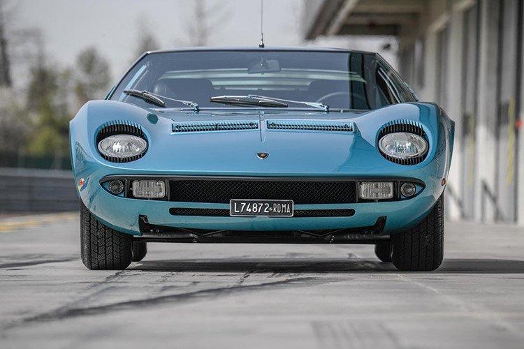 Lamborghini Miura 1971 được hồi sinh với vẻ đẹp vượt thời gian a1