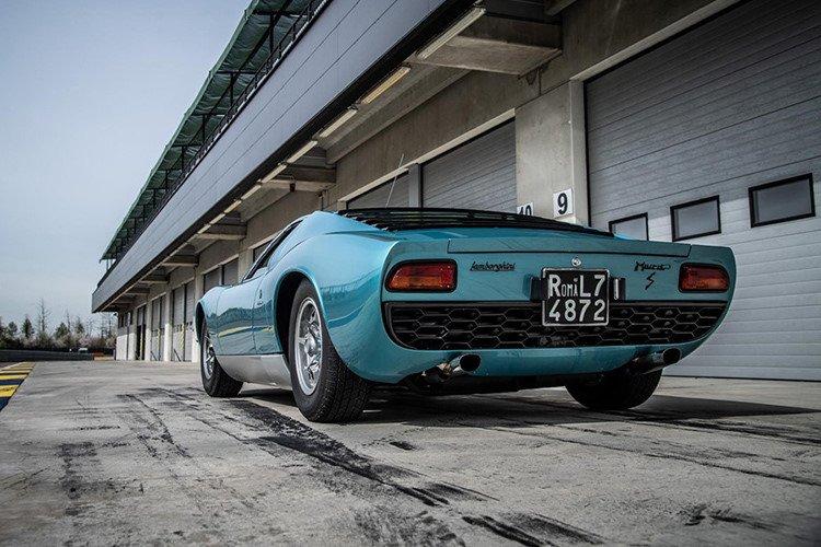 Lamborghini Miura 1971 được hồi sinh với vẻ đẹp vượt thời gian a5