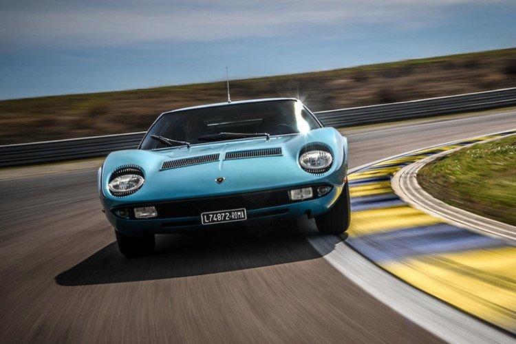 Lamborghini Miura 1971 được hồi sinh với vẻ đẹp vượt thời gian a12