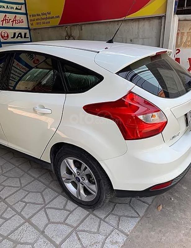 Bán ô tô Ford Focus đời 2013, màu trắng số tự động, giá chỉ 420 triệu-1