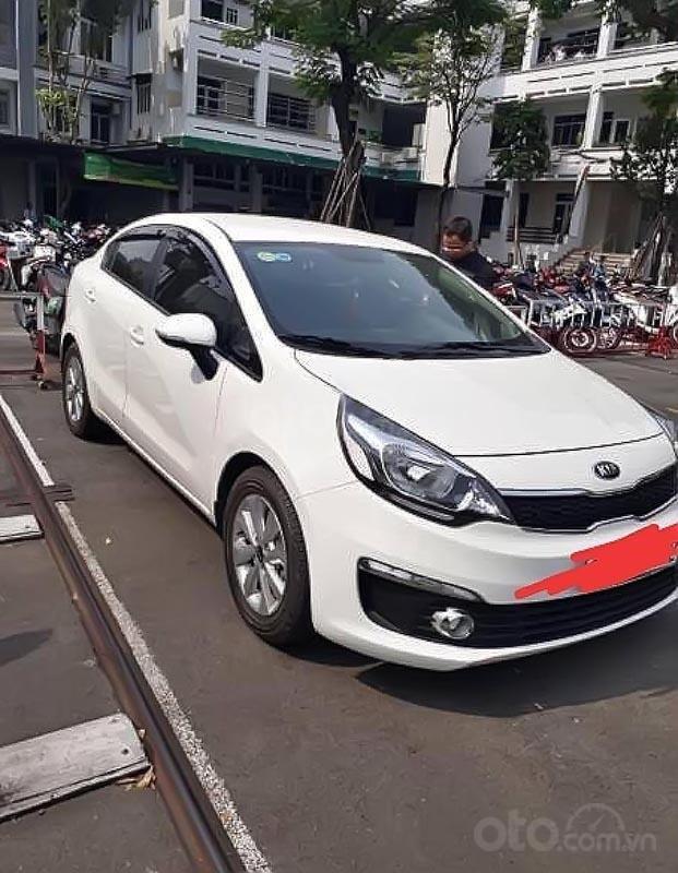 Cần bán Kia Rio năm sản xuất 2015, màu trắng, nhập khẩu nguyên chiếc-0