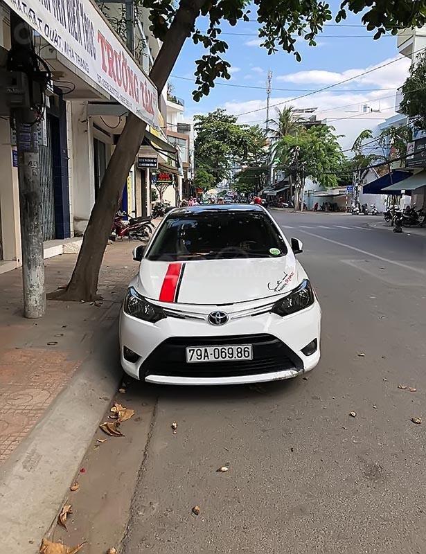 Bán Toyota Vios 1.5E đời 2014, màu trắng số sàn-0