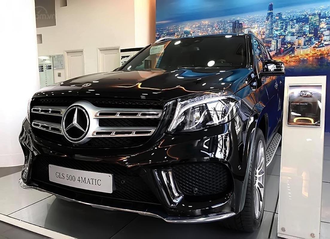 Bán xe Mercedes GLS 500 năm sản xuất 2019, màu xanh lam, nhập khẩu nguyên chiếc (1)