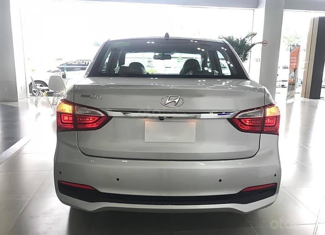 Cần bán Hyundai Grand i10 năm 2019, màu trắng-1
