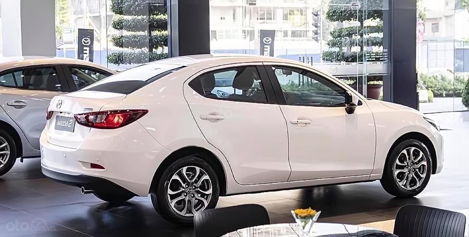 Bán xe Mazda 2 Premium sản xuất 2019, màu trắng, nhập khẩu Thái Lan, giá cạnh tranh-1