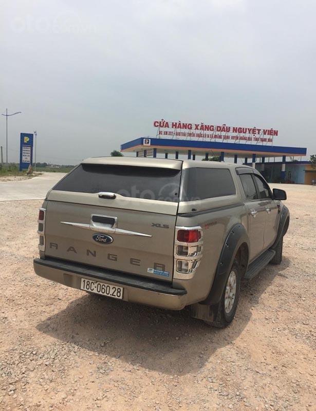 Cần bán xe Ford Ranger XLS 2.2L 4x2 MT đời 2016, nhập khẩu nguyên chiếc, 520tr-1