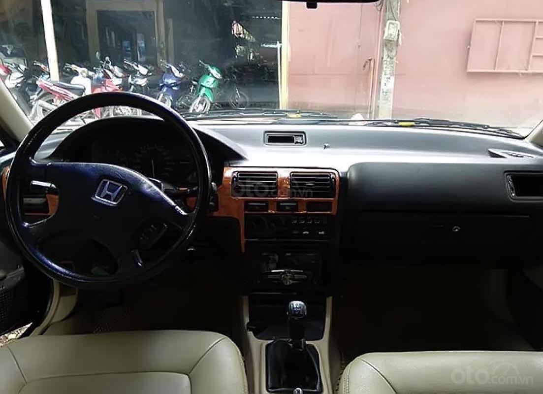 Cần bán Honda Accord sản xuất năm 1990, màu đen, nhập khẩu Nhật Bản giá cạnh tranh-1