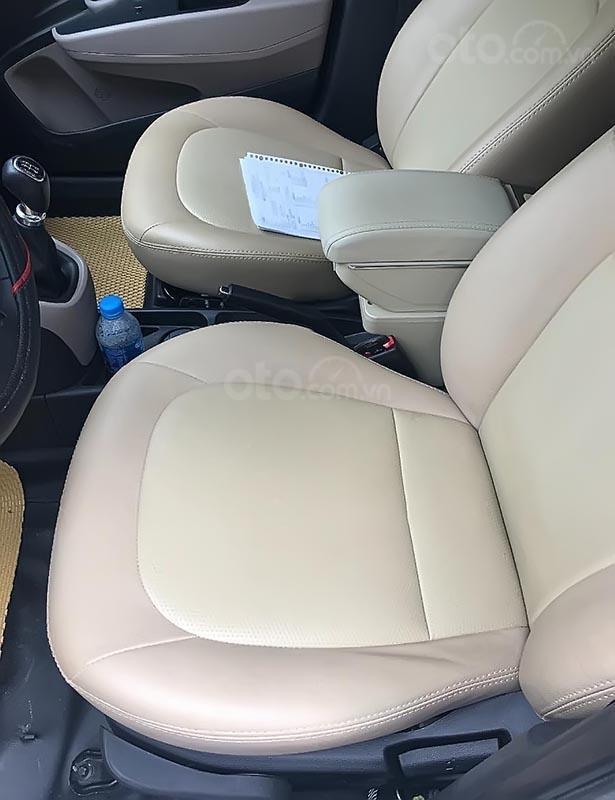 Bán Hyundai Grand i10 đời 2018, chính chủ, giá chỉ 229 triệu-4