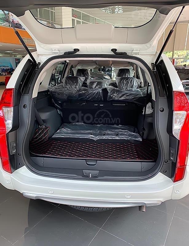 Bán xe Mitsubishi Pajero Sport 2.4D 4x2 MT đời 2019, màu trắng, nhập khẩu nguyên chiếc, giá chỉ 980 triệu (4)