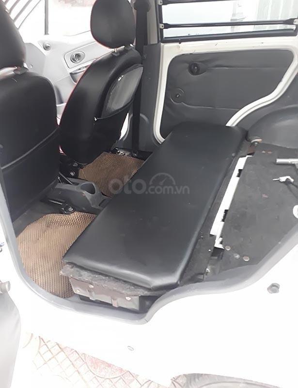 Bán ô tô Chevrolet Spark sản xuất 2011, màu trắng-2