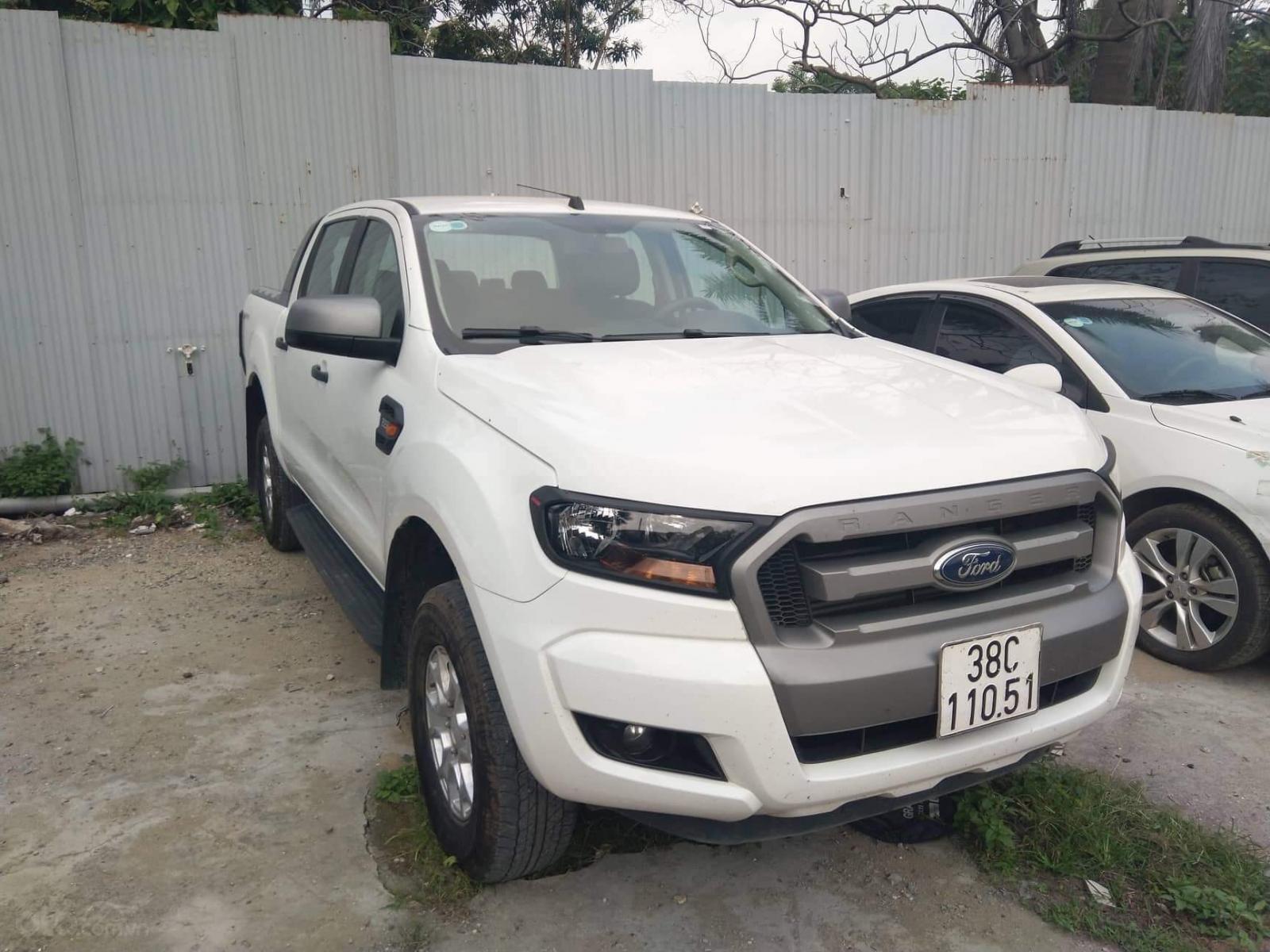 Bán Ford Ranger XLS năm 2017, màu trắng, xe nhập, giá chỉ 466 triệu (1)