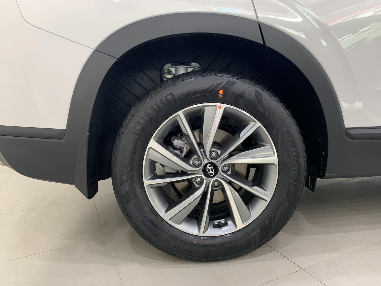 Bán xe Hyundai Santa Fe đời 2019, hỗ trợ mua trả góp lên tới 85% giá trị xe, có xe giao ngay. LH ngay 0971.58.55.33-6