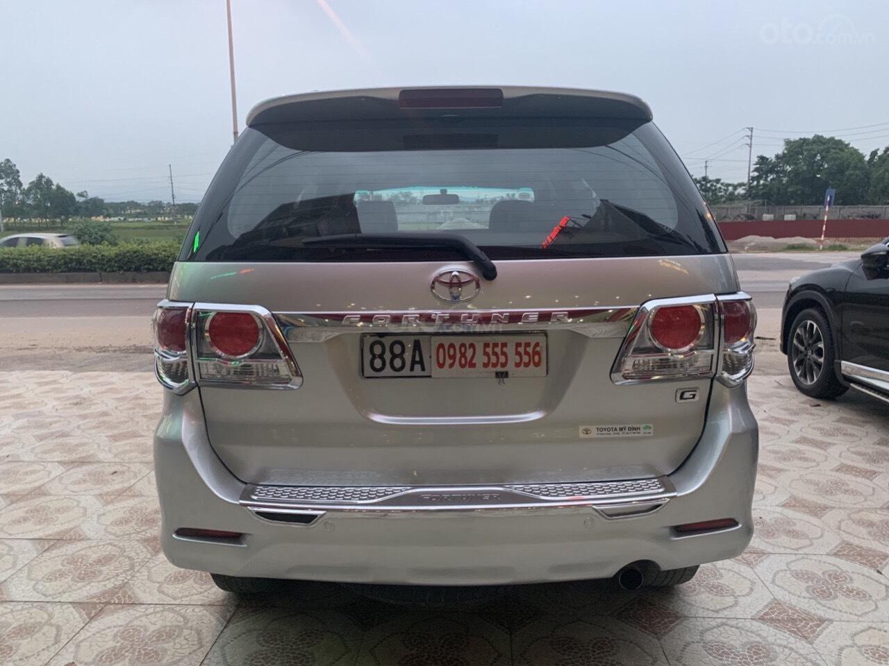 Bán Toyota Fortuner năm sản xuất 2013, màu bạc (10)