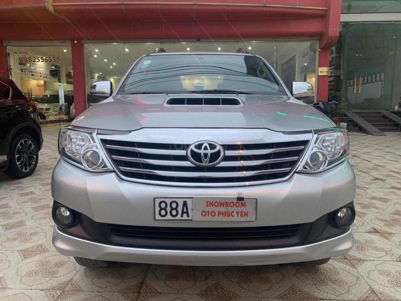 Bán Toyota Fortuner năm sản xuất 2013, màu bạc (5)