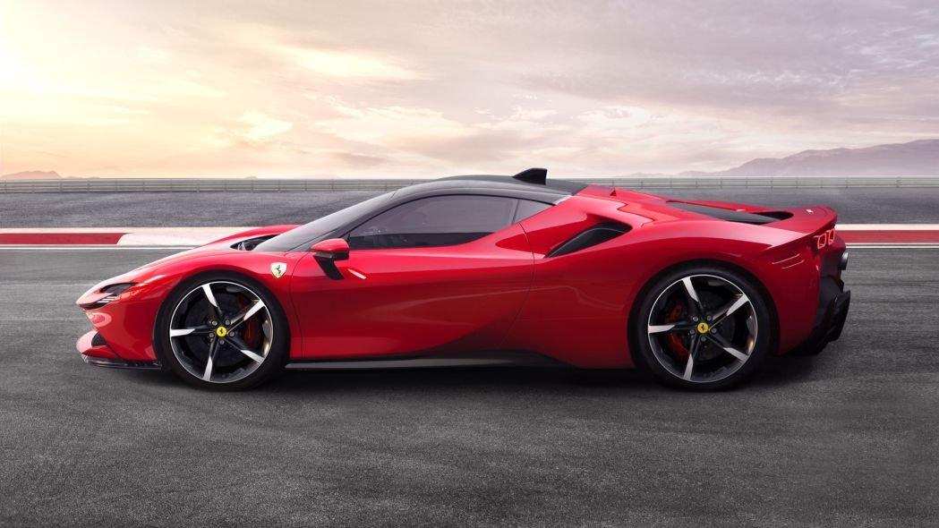 Ferrari trình làng tân binh hybrid 986 mã lực 7