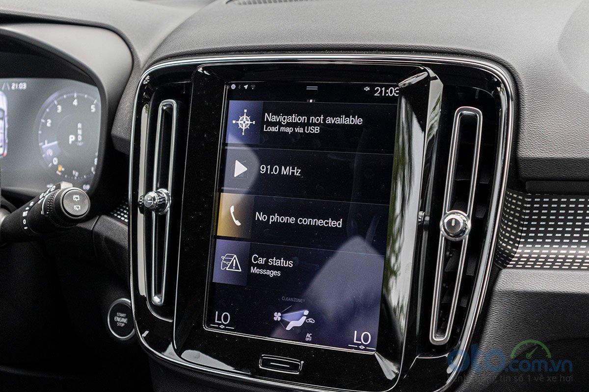 Màn hình giải trí 9 inch trên Volvo XC40 2019.