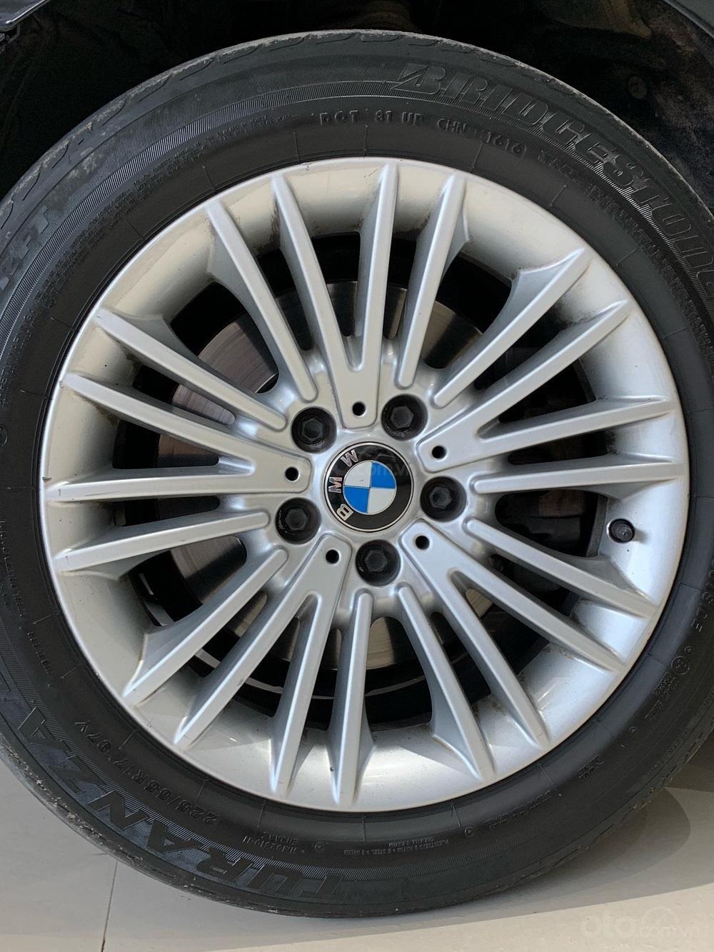 HCM: BMW 520i, màu đen, sản xuất 2014 (13)