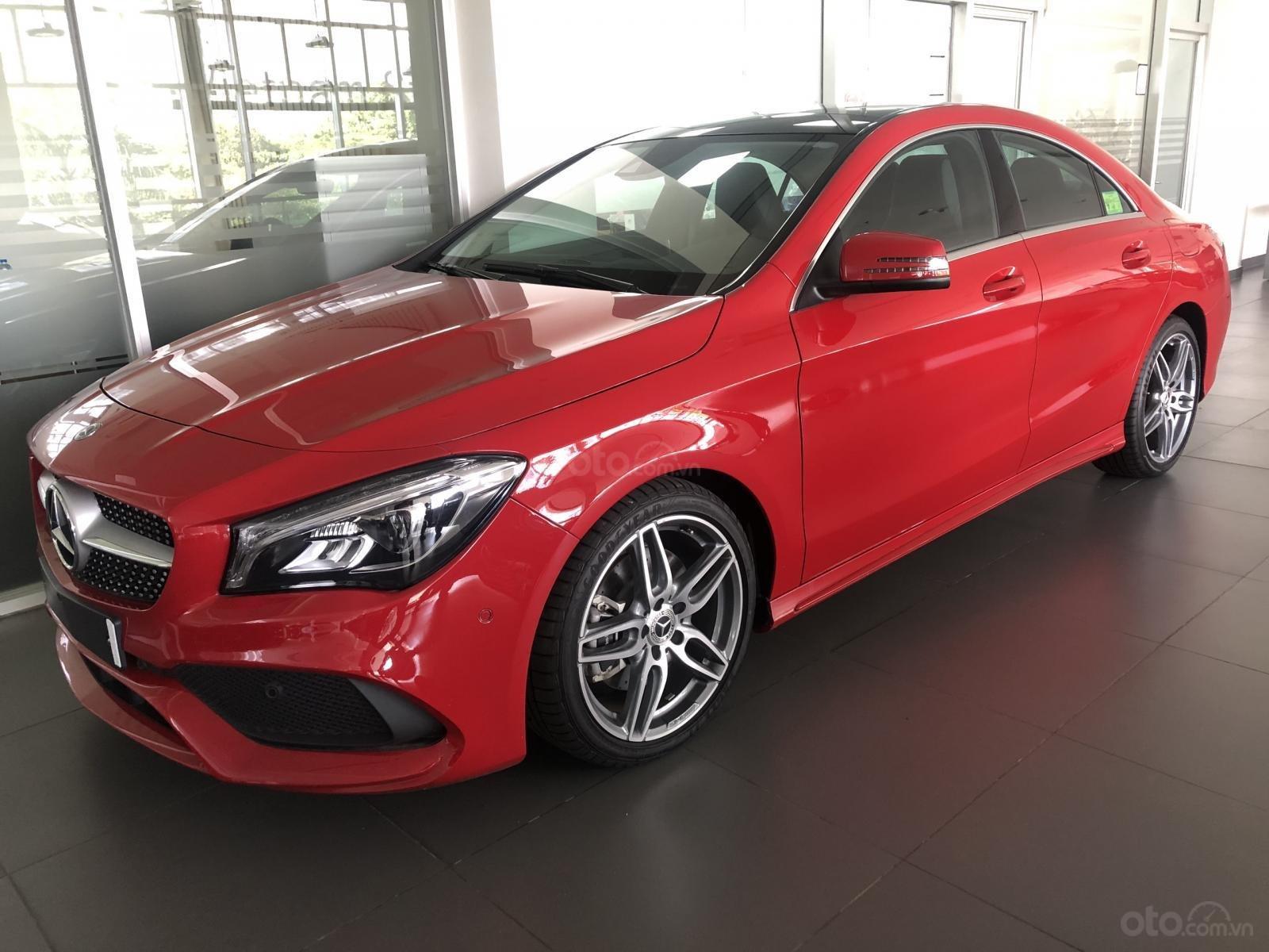 Bán xe Mercedes CLA 250 mới, màu đỏ, xe nhập khẩu, vay trả góp 80% giá trị xe, lãi 0.77%/tháng cố định 36 tháng (1)