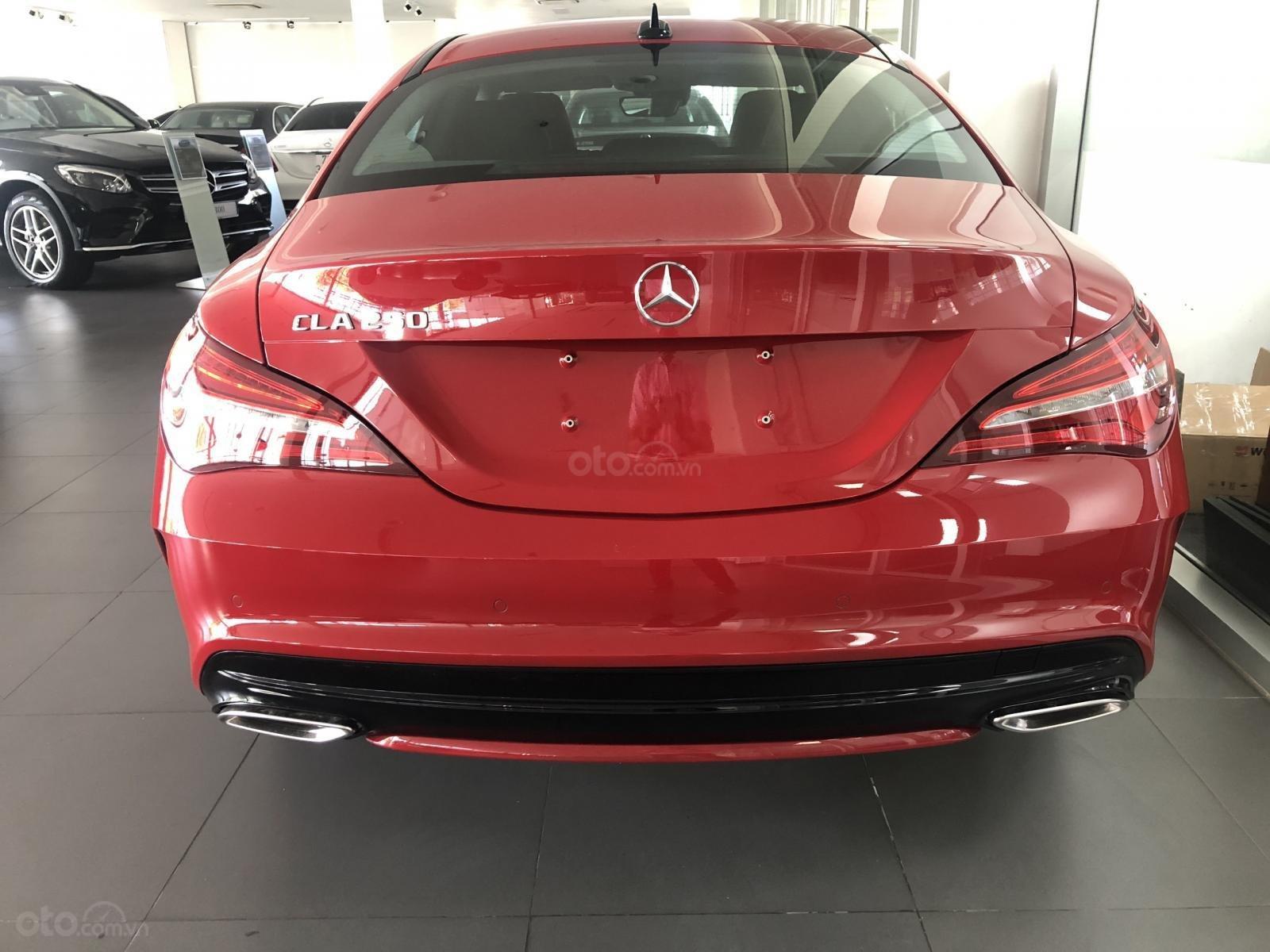 Bán xe Mercedes CLA 250 mới, màu đỏ, xe nhập khẩu, vay trả góp 80% giá trị xe, lãi 0.77%/tháng cố định 36 tháng (3)