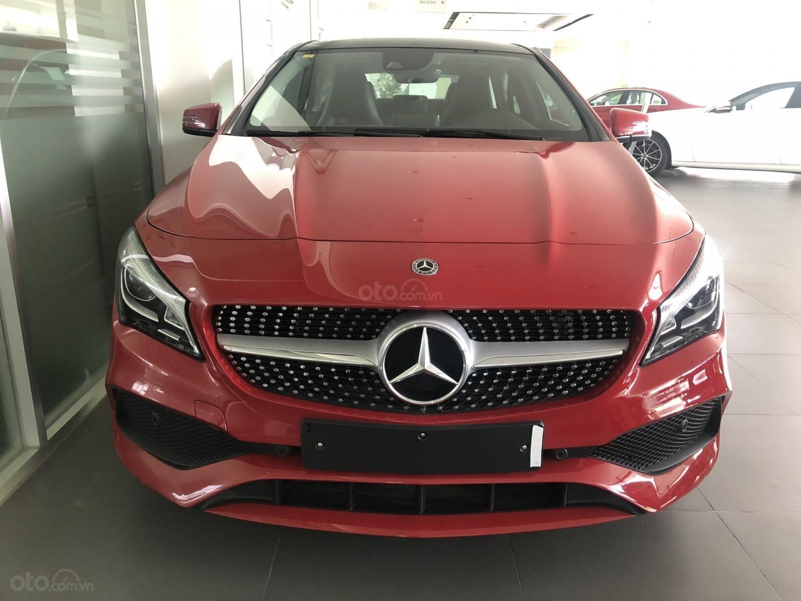 Bán xe Mercedes CLA 250 mới, màu đỏ, xe nhập khẩu, vay trả góp 80% giá trị xe, lãi 0.77%/tháng cố định 36 tháng (4)