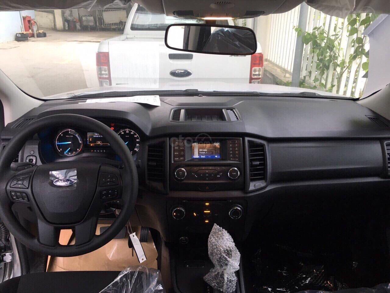 Bán Ford Ranger XLS AT 1 cầu, số tự động xe mới, nhập nguyên chiếc Thái Lan, bao giá toàn quốc LH 0965423558 (6)