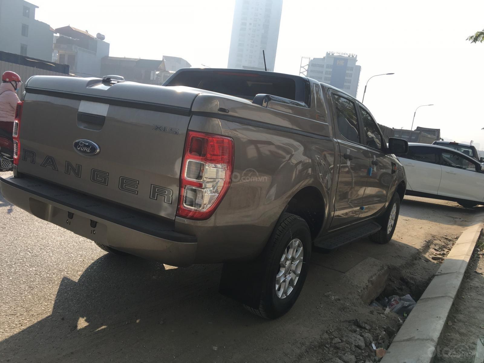Bán Ford Ranger XLS AT 1 cầu, số tự động xe mới, nhập nguyên chiếc Thái Lan, bao giá toàn quốc LH 0965423558 (8)