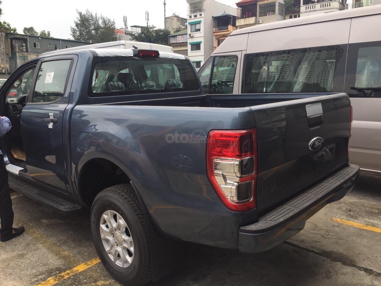 Bán Ford Ranger XLS AT 1 cầu, số tự động xe mới, nhập nguyên chiếc Thái Lan, bao giá toàn quốc LH 0965423558 (13)