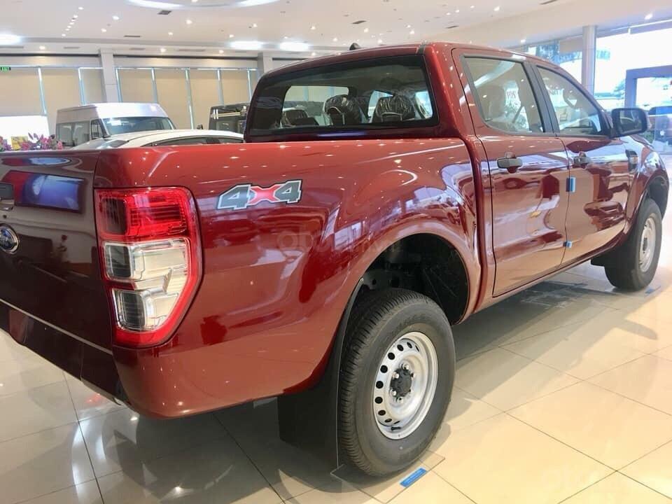 Bán ô tô Ford Ranger XL 4x4 MT 2019, màu đỏ, nhập khẩu nguyên chiếc xe mới chính hãng, giá khuyến mại cực lớn (4)
