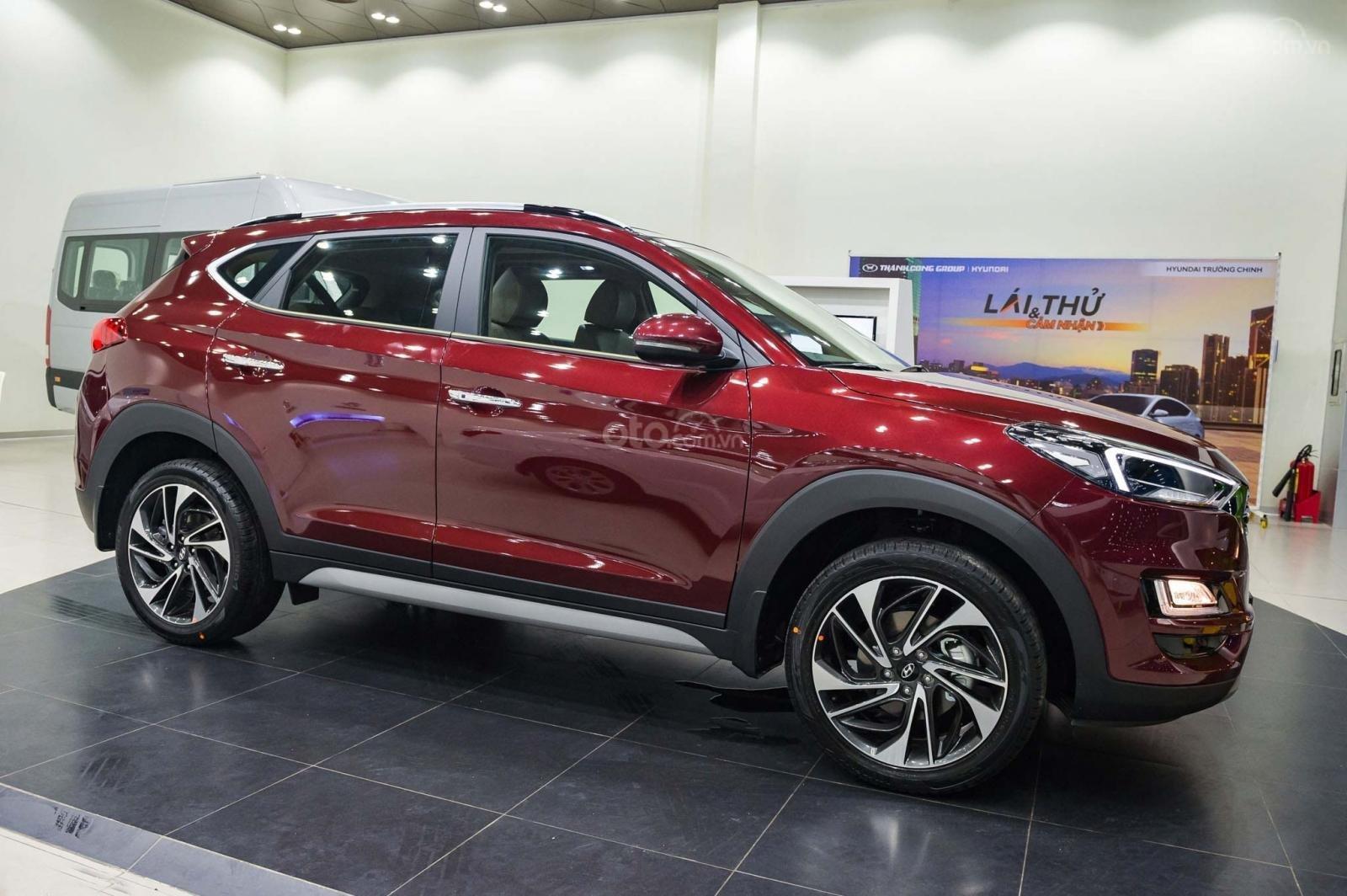 Hyundai Tucson Facelip 2019, chương trình khuyến mãi lên đến 15 triệu. LH ngay 09.387.383.06-3