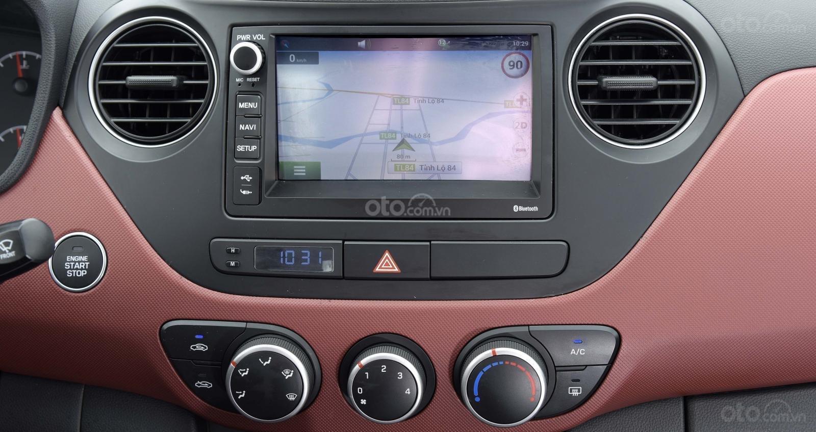 Hyundai Grand i10, khuyến mãi 10trieu. Đặc biệt riêng cho khách hàng khi mua xe chạy Grab LH: 09.387.383.06-6