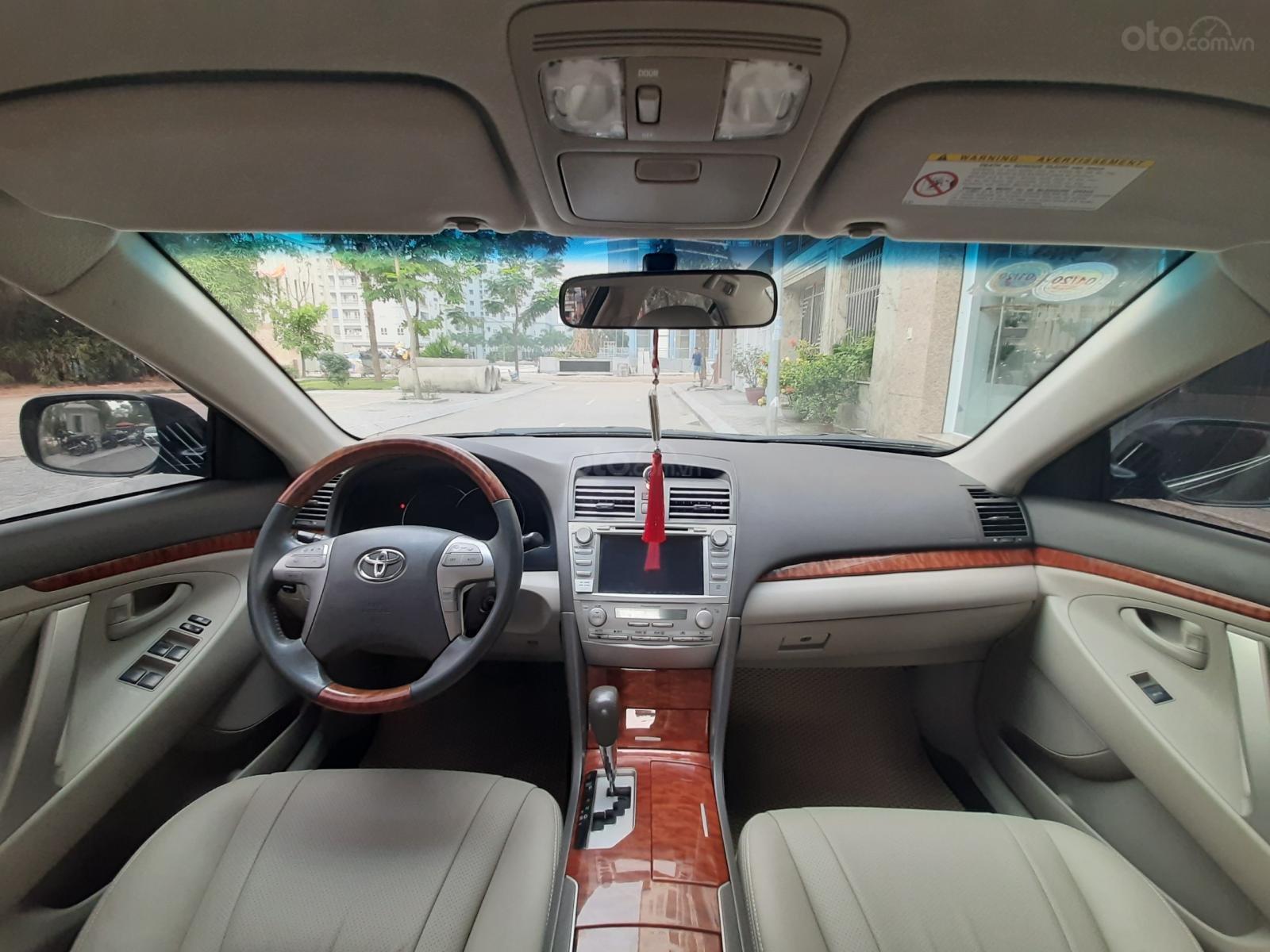 Bán Toyota Camry 2.4G sản xuất năm 2010, màu đen số tự động, 615 triệu (6)