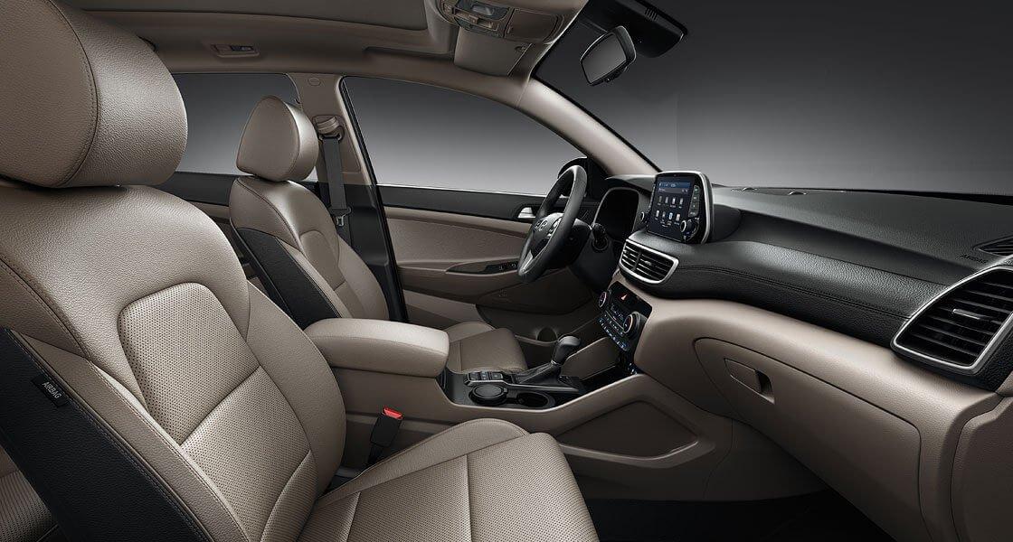 So sánh xe Hyundai Tucson 2019 và Mazda CX-5 2019 về ghế ngồi 3