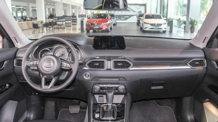 Hyundai Tucson 2019 sẽ khó rộng rãi được như Mazda CX-5 2019.