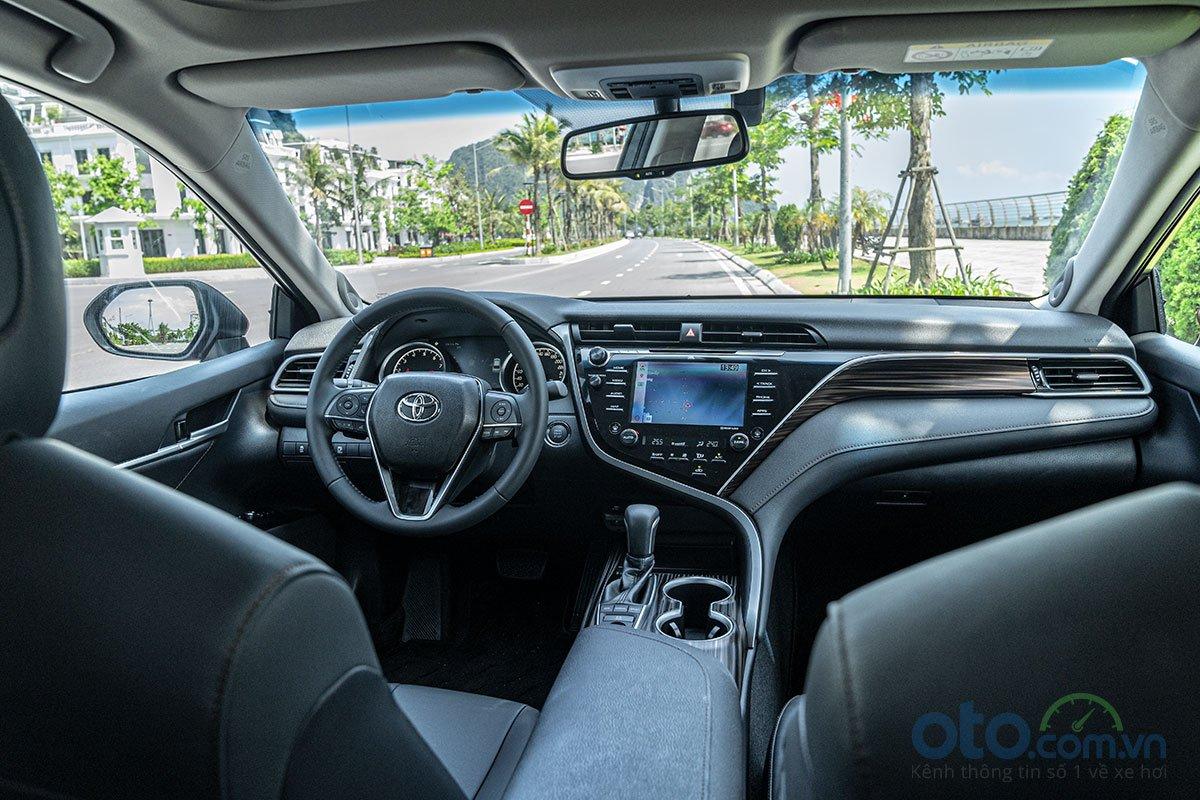 So sánh thông số kỹ thuật xe Toyota Camry 2018 và 2019 - Ảnh 7.