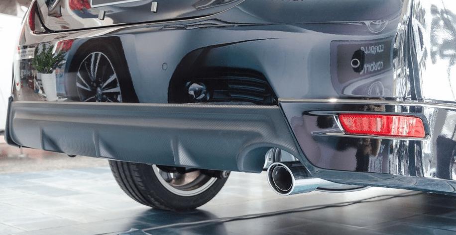 Đánh giá xe Toyota Corolla Altis 2019: Ống xả đơn 1