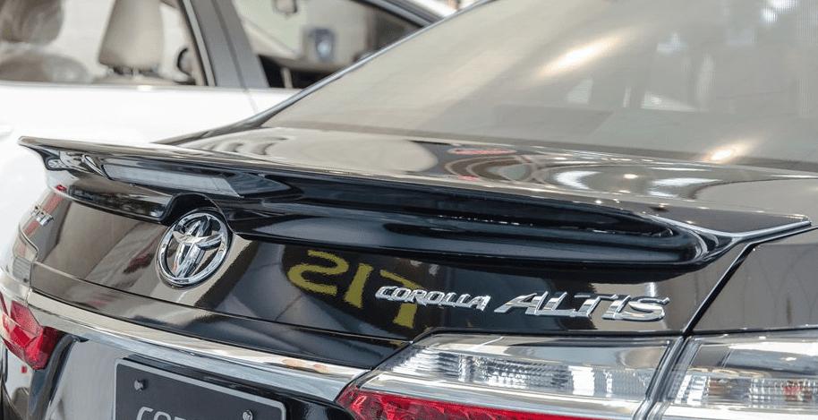Đánh giá xe Toyota Corolla Altis 2019: Cánh lướt gió 1