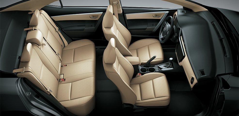 Đánh giá xe Toyota Corolla Altis 2019 1.8G CVT về thiết kế ghế ngồi a1
