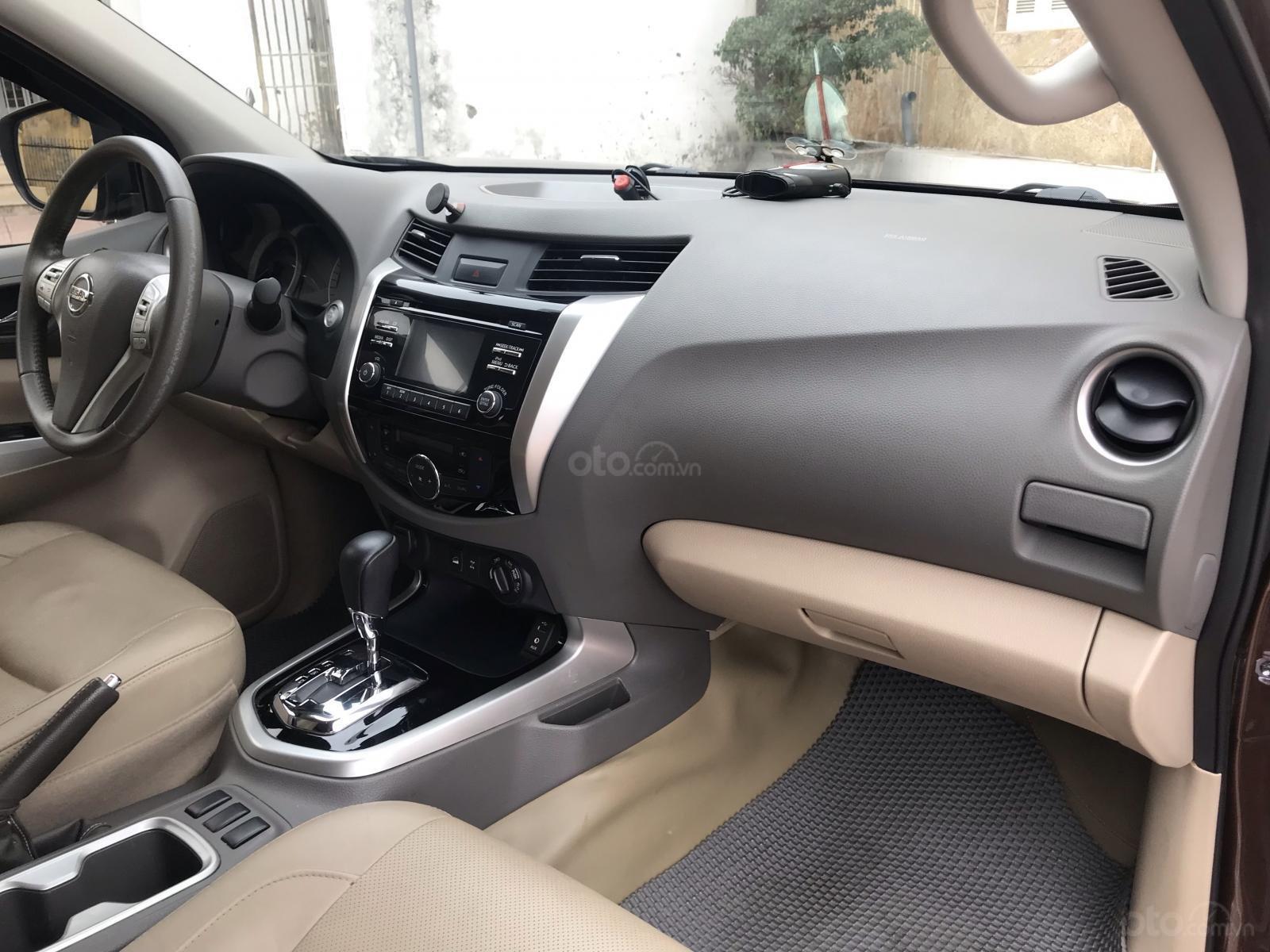 Bán Nissan Navara VL sản xuất năm 2016, màu nâu, nhập khẩu nguyên chiếc, giá chỉ 675 triệu-10