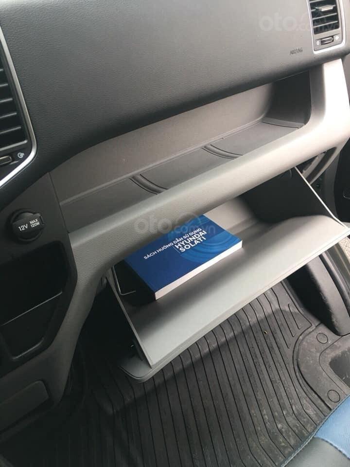 Cần bán Hyundai Solati sản xuất năm 2019, màu bạc, giá tốt-1