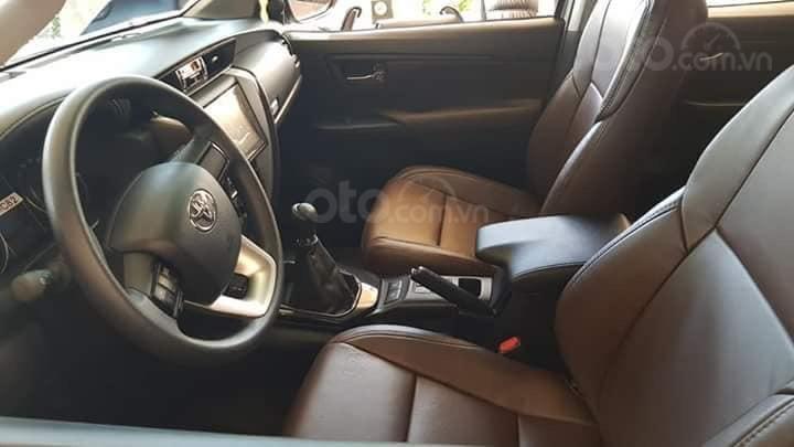 Toyota Tân Cảng bán Fortuner máy dầu số sàn 2020- Mừng Tết Canh Tý bán giá hợp lý- LH 0901923399 (7)