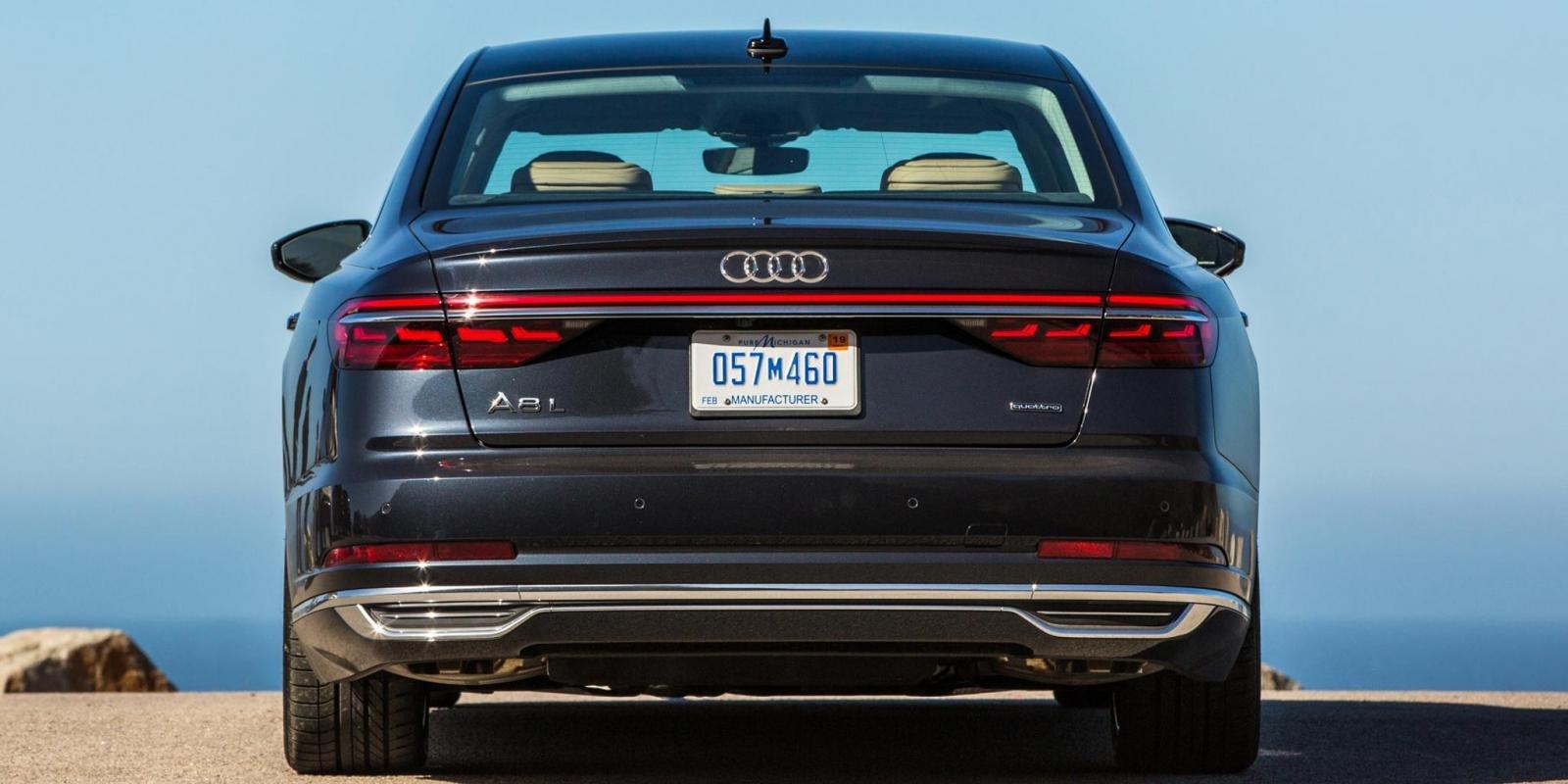 Audi muốn phát triển thương hiệu đối đầu với Mercedes Maybach 13