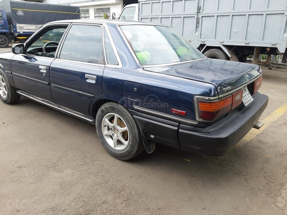 Bán xe Toyota Camry 2.0 đời 1987, màu xanh, nhập khẩu nguyên chiếc, 70tr (3)