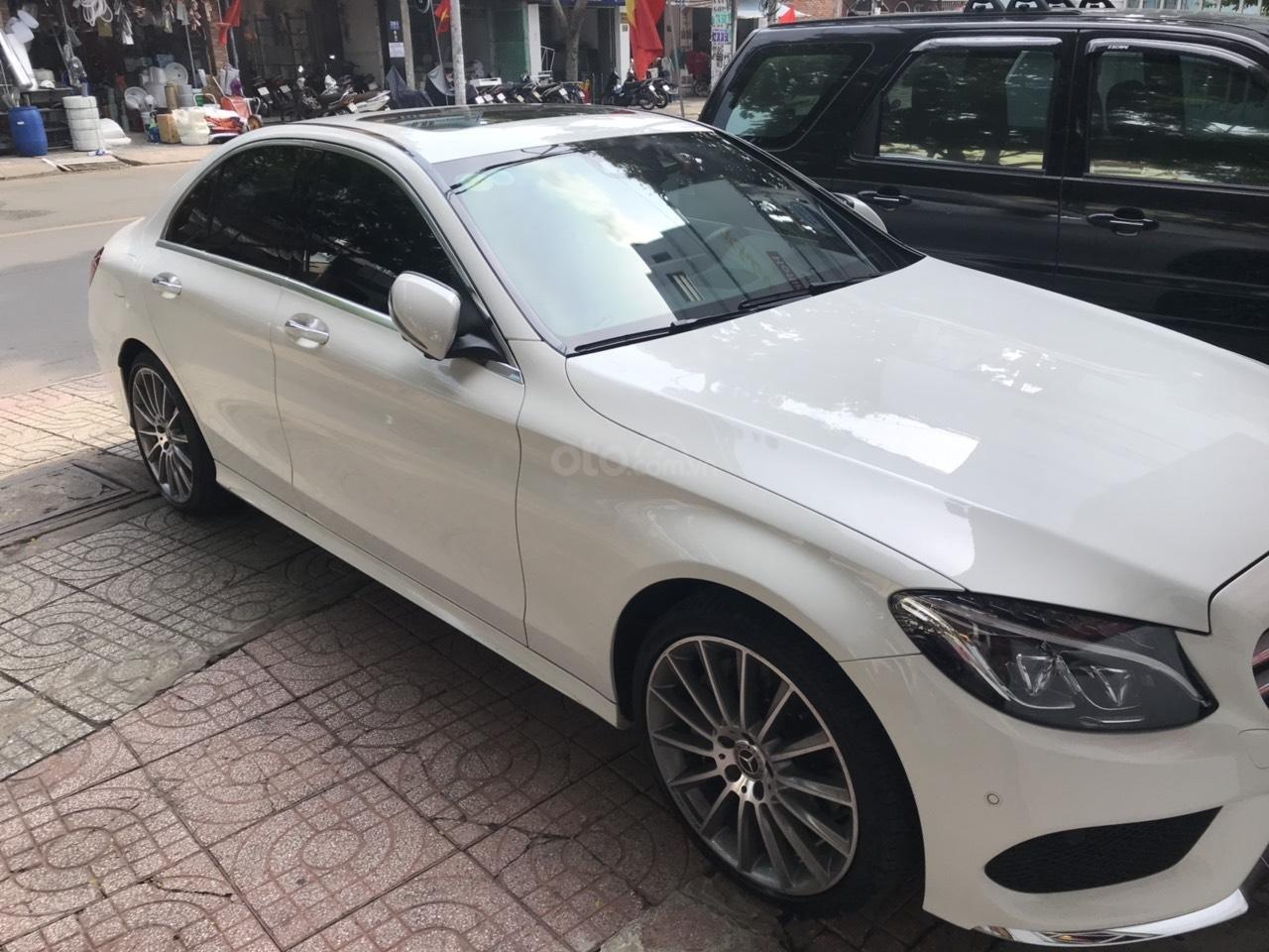 Mercedes C300 AMG 2018 số tự động 9 cấp-0