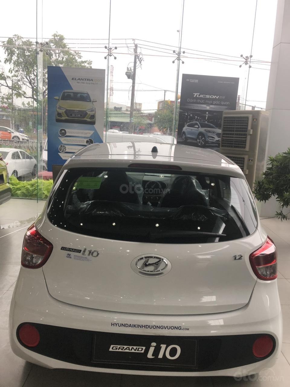 """ Hot "" Hyundai Grand I10 1.2AT chỉ từ 330tr, năm sản xuất 2019-1"