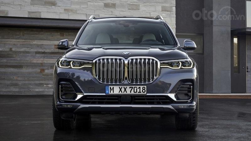 Đầu xe BMW X7 2019...