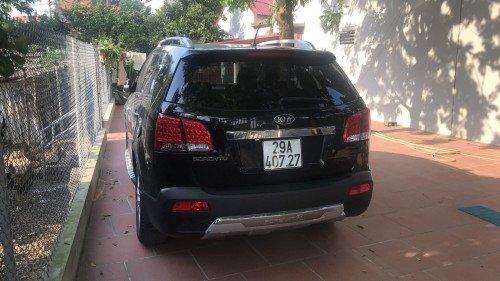 Chính chủ bán xe Kia Sorento 2.4 AT 2011, màu đen (2)