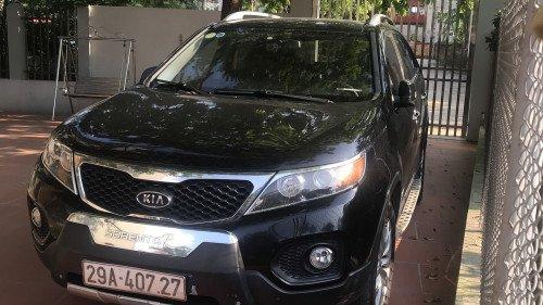 Chính chủ bán xe Kia Sorento 2.4 AT 2011, màu đen (1)