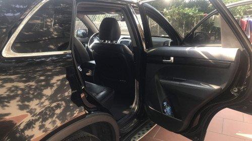 Chính chủ bán xe Kia Sorento 2.4 AT 2011, màu đen (6)